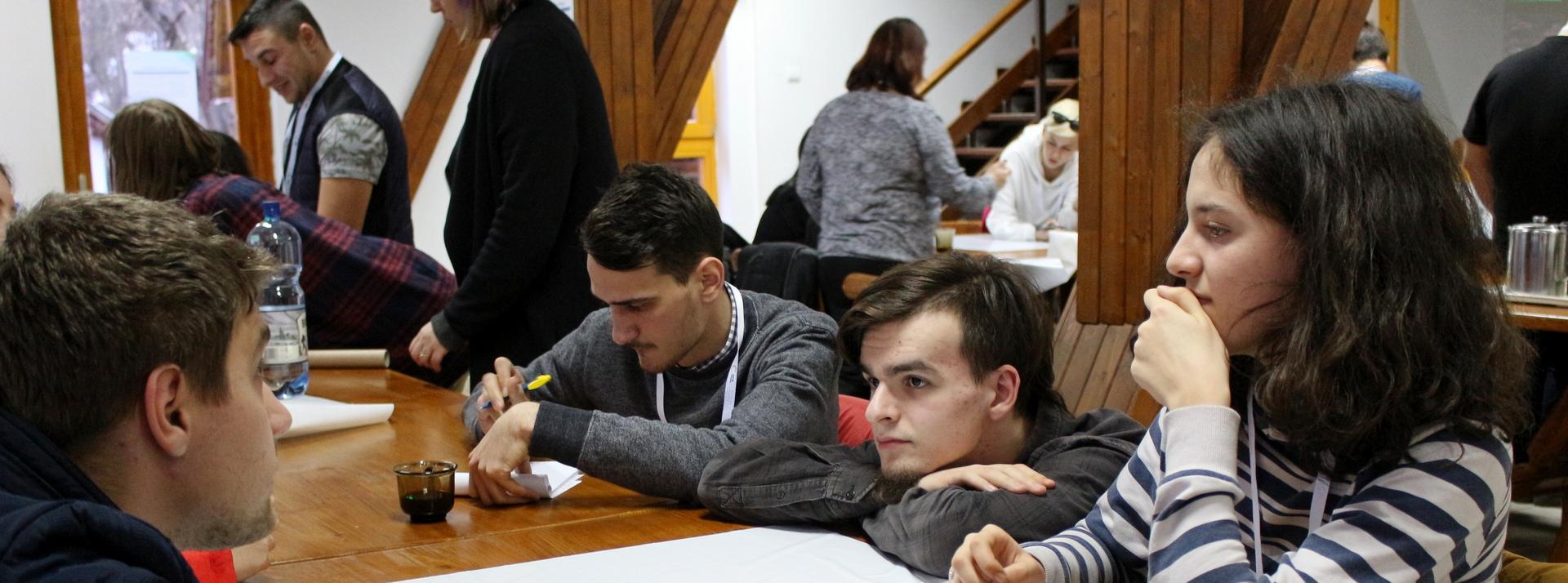 Lansând CIVIT – un program pentru tineret, împreună cu Direcții Județene de Sport și Tineret